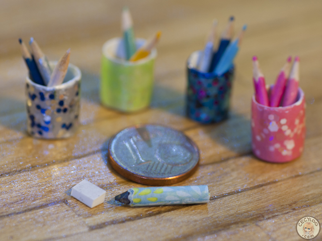 Miniatures : Office supplies - Pencils and pots