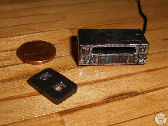 Miniatures : Electronic equipment